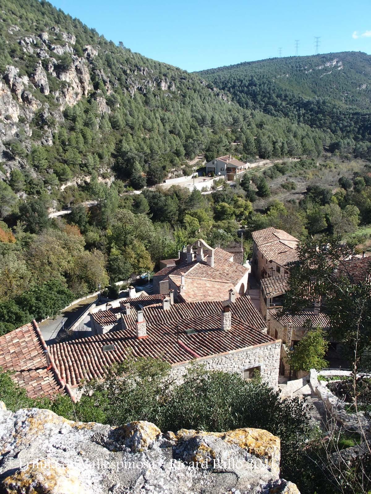 Vallespinosa, vista des de l'Ermita de Vallespinosa – Pontils
