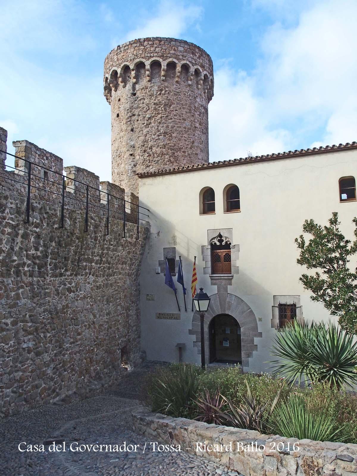 Casa del governador tossa de mar selva catalunya medieval - Casas en tossa de mar ...