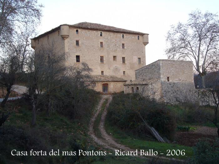 Casa forta del Mas Pontons