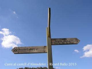 Caseres - Camí cap el Castell d'Almudèfer.