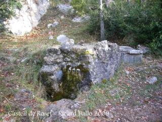 la font de l'Arç, amb tres boques d'aigua