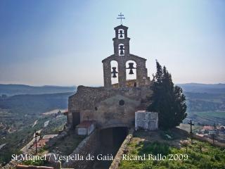 Castell de Vespella - Església de Sant Miquel.