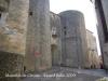 Muralles de Girona. Torres d'accés a la plaça de la Catedral.