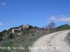 Sant Pere de Savella. A la dreta de la fotografia, el Mas de Savella.