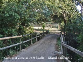 Camí a la Capella de Sant Medir-Sant Martí de Llémena