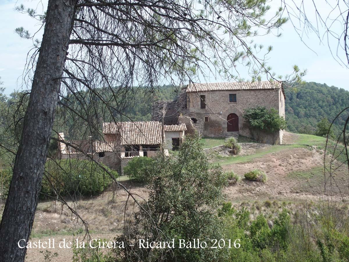 Castell de la Cirera – Sant Feliu Sasserra - Vista general, entorn
