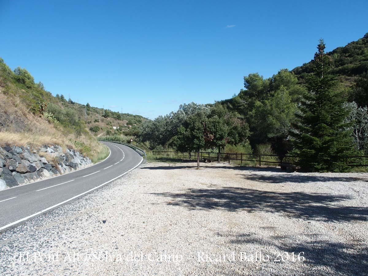 El Pont Alt – Selva del Camp - Zona d'aparcament