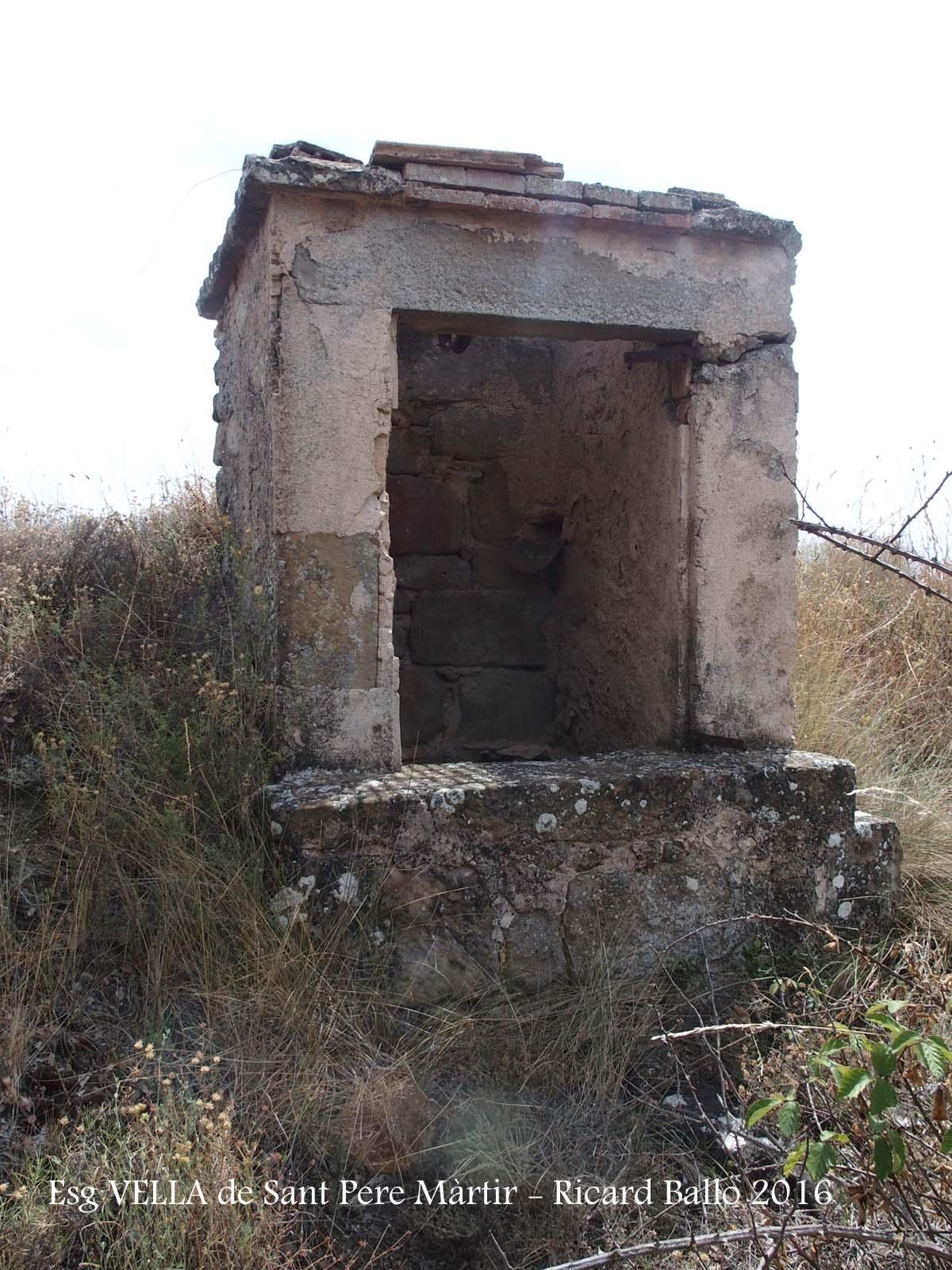 Església VELLA de Sant Pere Màrtir de Peracamps – Llobera - Cisterna