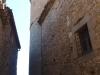 Església de Sant Esteve – Madremanya - En aquesta vista és ben evident el sobrealçat de l'absis per motius defensius