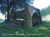Església de Sant Joan de Salelles – Cruïlles, Monells i Sant Sadurní de l'Heura - Edificació situada al davant d'aquesta església. No tenim cap informació al respecte.