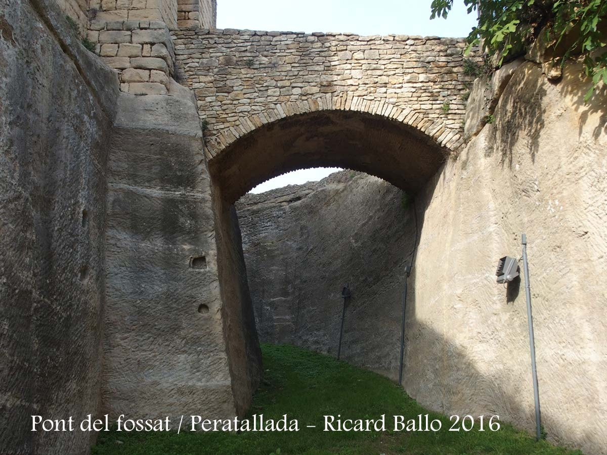 Pont del fossat – Peratallada