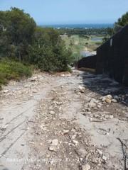 Darrera part de la pujada que mena al Santuari de Gràcia – Sitges