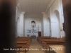 Santuari de la Mare de Déu de Cérvoles – Os de Balaguer - Interior - Fotografia obtinguda introduint de manera força precària, l'objectiu de la màquina de fotografiar entre les barres de ferro d'una petita finestra que hi ha a la porta d'entrada.