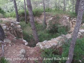 Torre de Fullola - Tortosa - 2018 Possibles restes del poblat ?