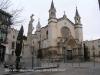 Basílica de Santa Maria – Vilafranca del Penedès - A l'esquerra de la fotografia, veiem el monument als castellers de Vilafranca
