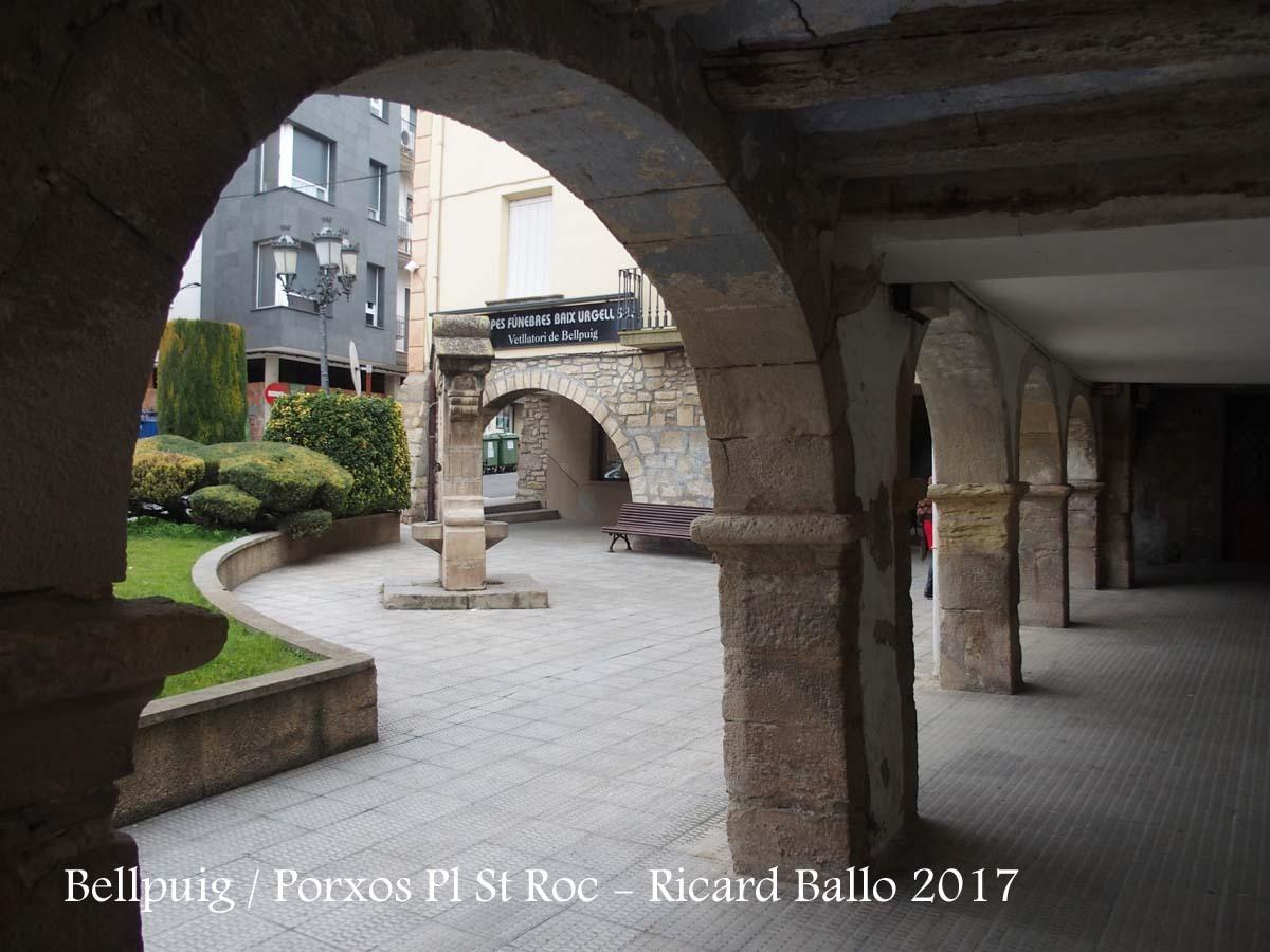 Bellpuig - Porxos de la Plaça de Sant Roc