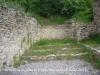 """Campanar de Sant Martí de Bescaran - Suposem que aquest petit """"solar"""", situat al costat del campanar, és el lloc on havia estat la primitiva església romànica."""