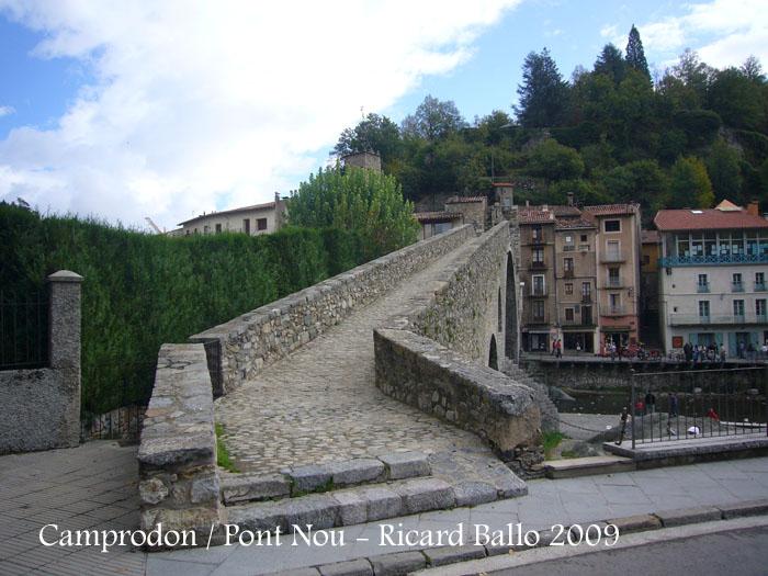 castell-de-camprodon-091010_505