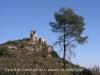 Capella de la Verge del Vinyet – Castellví de la Marca - Una vista del castell de Castellvell de la Marca  i de la capella de Sant Miquel.