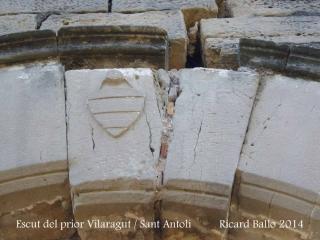 Capella de Sant Antolí – Monistrol de Montserrat - Escut del prior Vilaragut