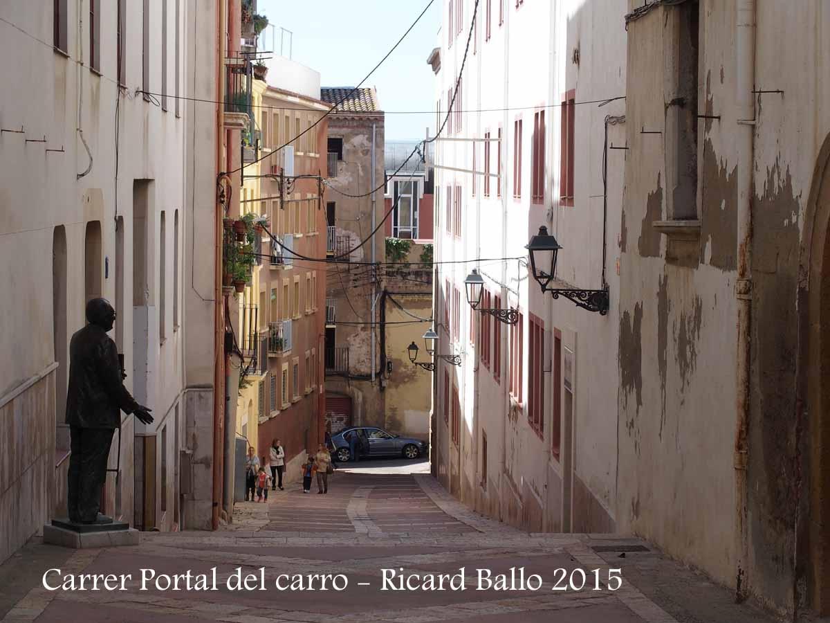 Tarragona - El carrer Portal del carro, vist des de la part superior d'aquest carrer