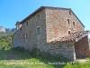 Capella de Sant Pau de Fornils - A la dreta, el Mas de la Coma