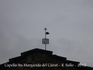 Capella de Santa Margarida del Cairat - Esparreguera. Al forjat es llegeix: Santa Marguerida Saplanca.