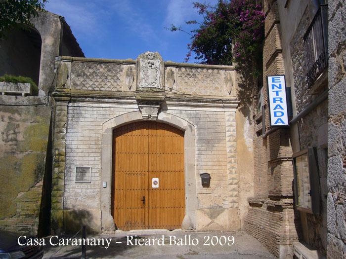 casa-caramany-090528_514