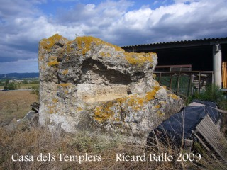Casa dels Templers: Monument funerari d'època romana.
