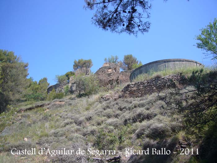 castell-daguilar-de-segarra-110701_504