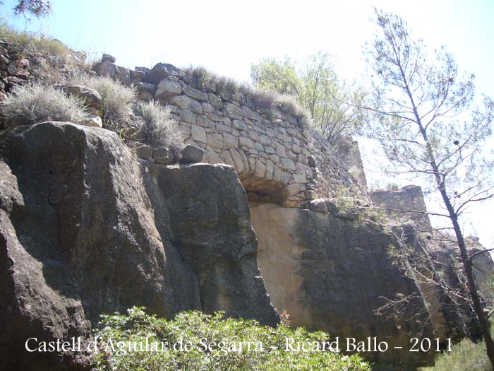 castell-daguilar-de-segarra-110701_518