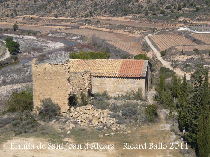 vistes-de-l-ermita-de-sant-joan-d-algars-des-del-castell-d-algars-180311_503