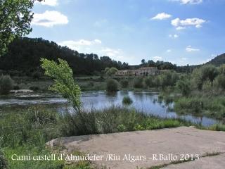 Caseres - Paisatge fluvial vora el passeig on iniciem l'itinerari cap al castell d'Almudèfer.