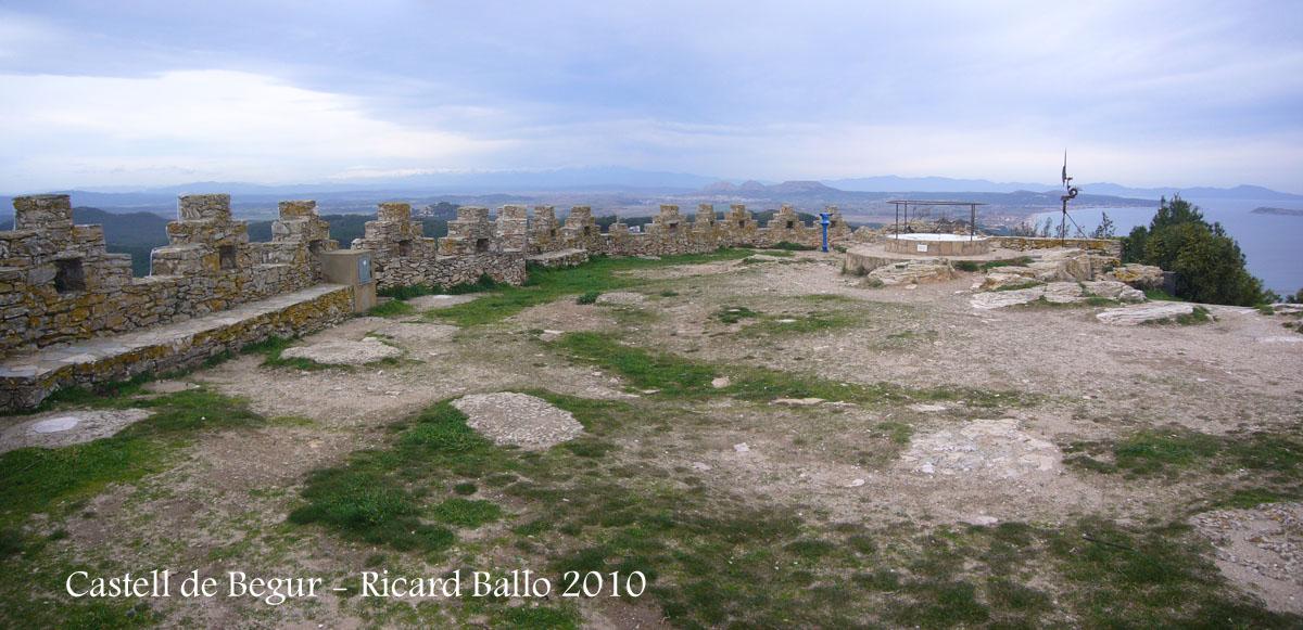 castell-de-begur-100225_521-522