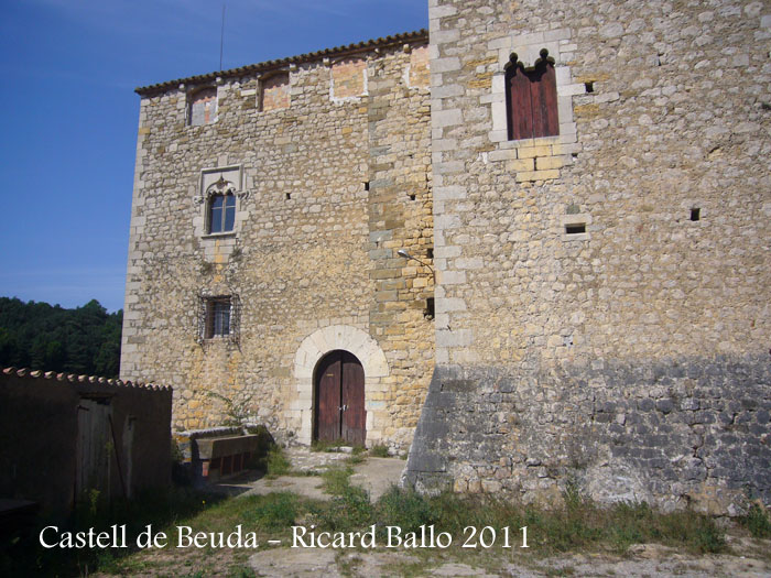 castell-de-beuda-110915_502