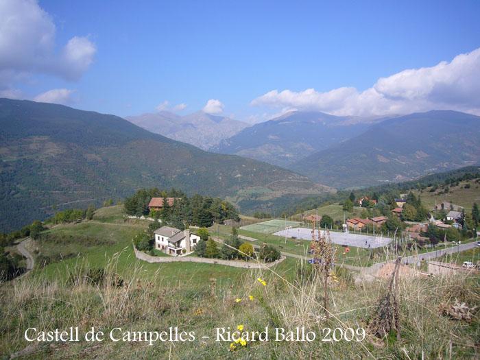 castell-de-campelles-091003_525