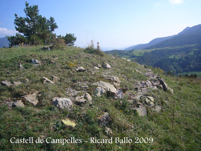 castell-de-campelles-091003_528