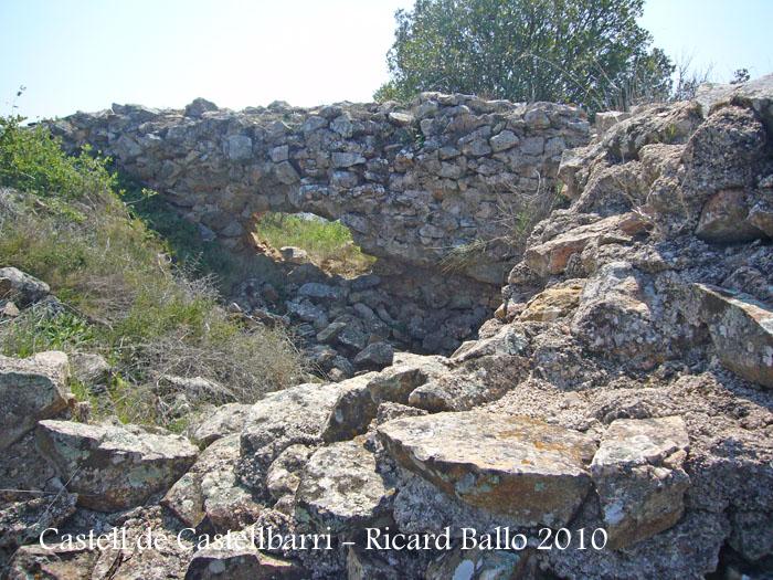 castell-de-castellbarri-100410_516bis