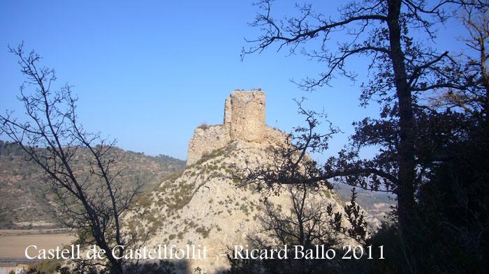 castell-de-castellfollit-de-riubregos-des-de-la-torre-del-raval_501bis