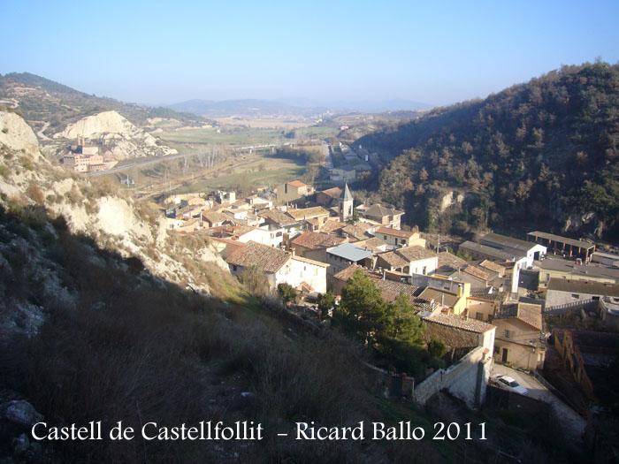 castellfollit-de-riubregos-des-de-la-pujada-a-la-torre-del-raval-110115_501