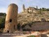 Castell de Castelló. En primer terme una torre albarrana situada als peus del castell.