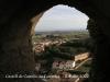 Castell de Castelló. Als peus, la població de Castelló de Farfanya.