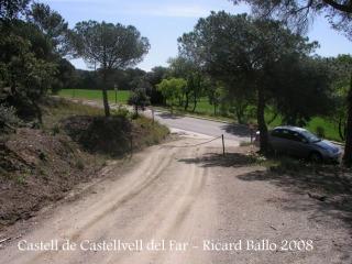 Camí al castell de Castellvell del Far