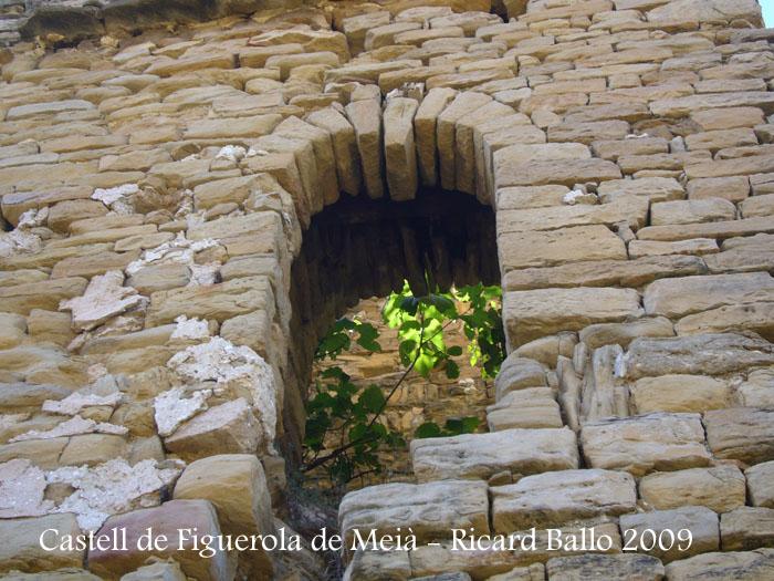 castell-figuerola-de-meia-090905_506