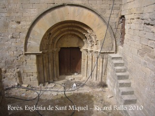 Forès: Església parroquial de Sant Miquel -