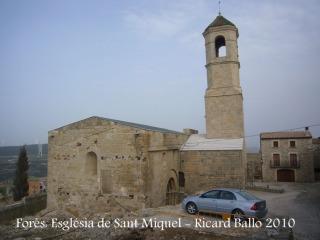 Forès: Església parroquial de Sant Miquel.