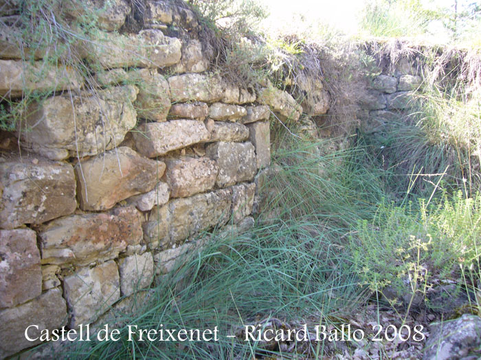 castell-dalpens-080730_502