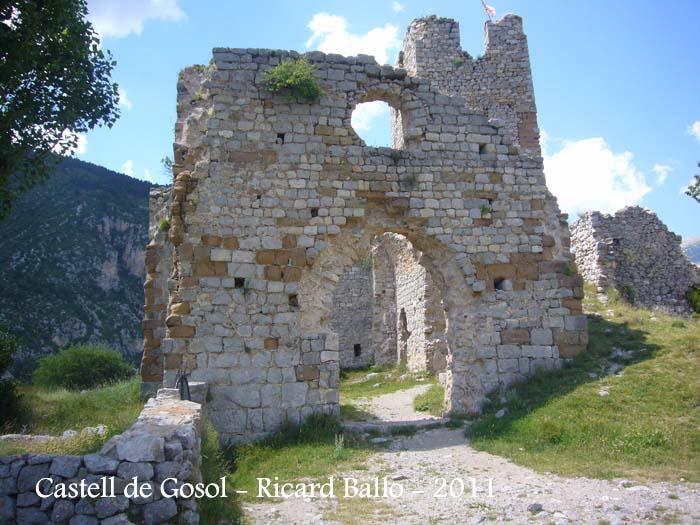 castell-de-gosol-110705_512