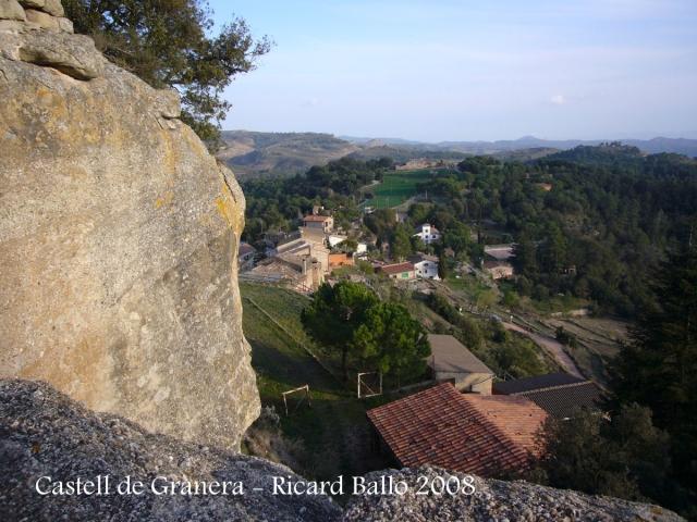 Vistes des del castell de Granera - En primer terme, el poble de Granera.