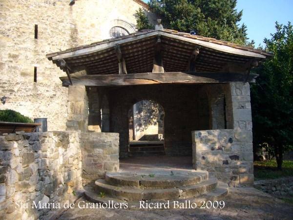 Castell de Granollers de Rocacorba - Sant Martí de Llémena - Comunidor de Santa Maria de Granollers de Rocacorba.